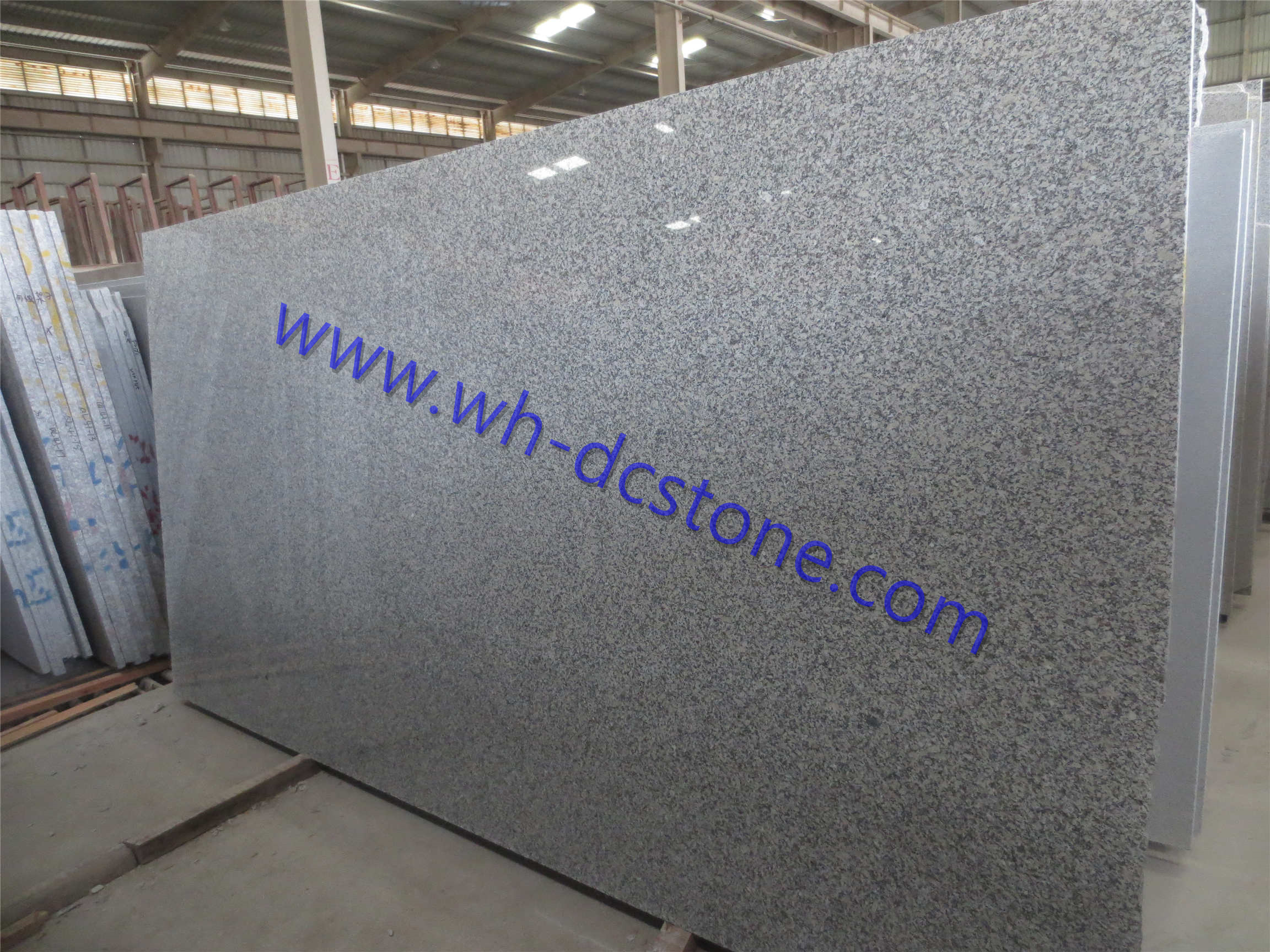 G602 Granite Slabs - The Cheap Grey Granite big Slabs and Gangsaw Slabs